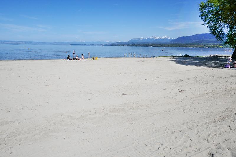 belle plage du lac Léman