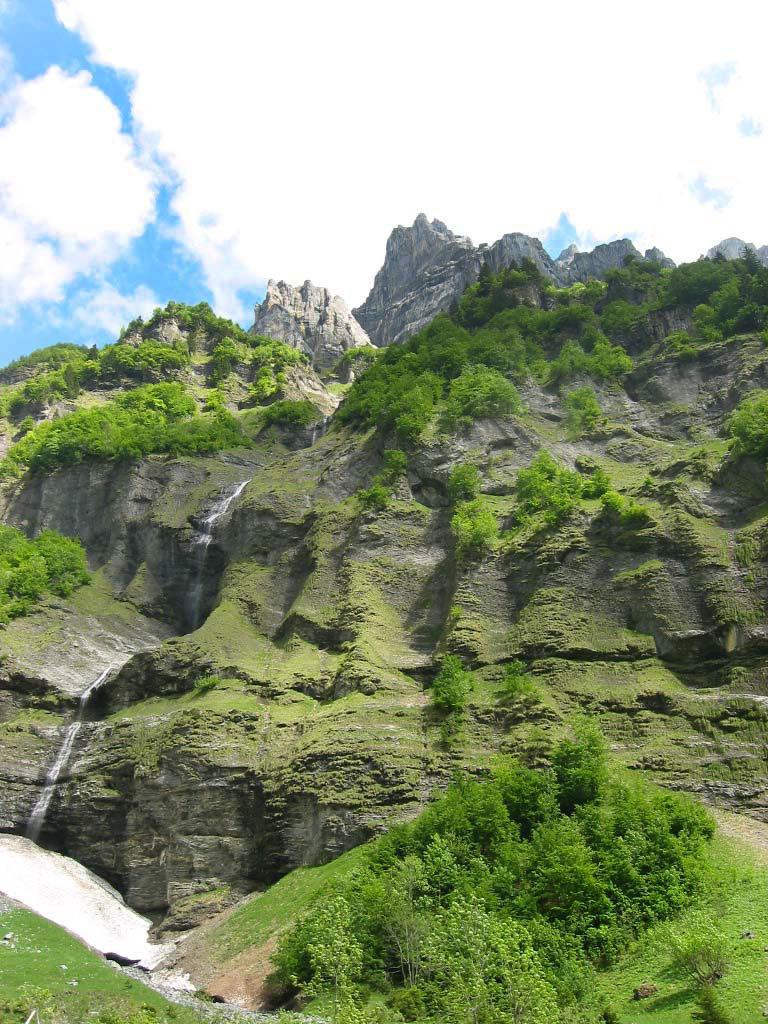 sortie Haute-Savoie Falaises et cascades au Fer à Cheval